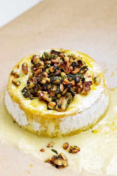 Queso Brie al horno keto