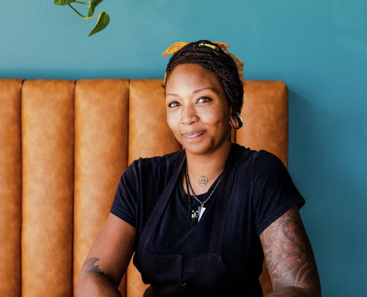 En la cocina con el chef detrás de la nueva contraparte vegana de Los Ángeles