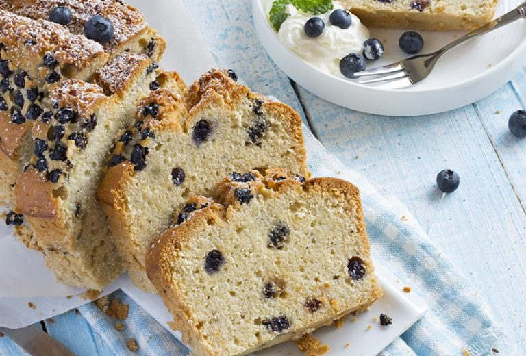 Pan de arándanos y almendras    Revista True Health