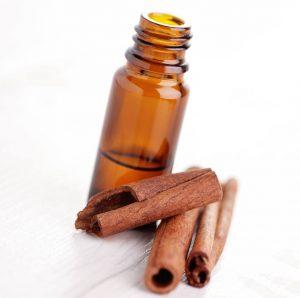 beneficios para la salud del aceite esencial de canela