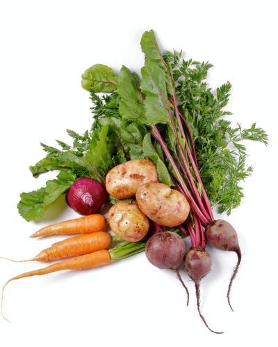 Disposición de vegetales orgánicos crudos