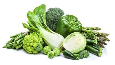 Verduras verdes frescas saludables